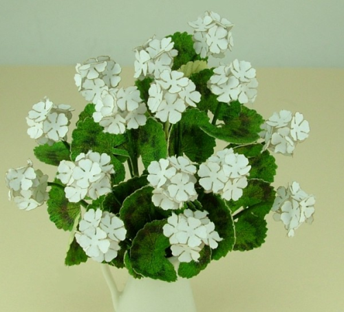 12th scale White Geraniums Kit